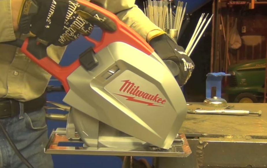 Sierra circular 6370-20 de Milwaukee cortadora de metal