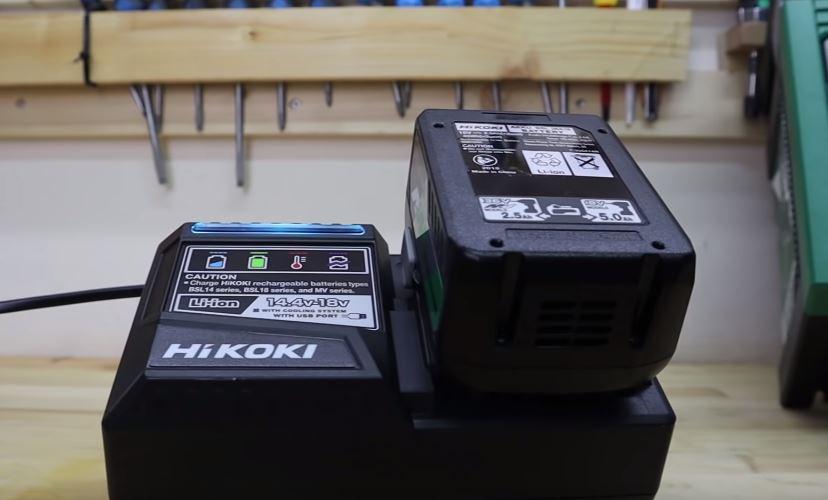 Taladro percutor DV36DA MetaboHPT Hikoki Cargador y bateria